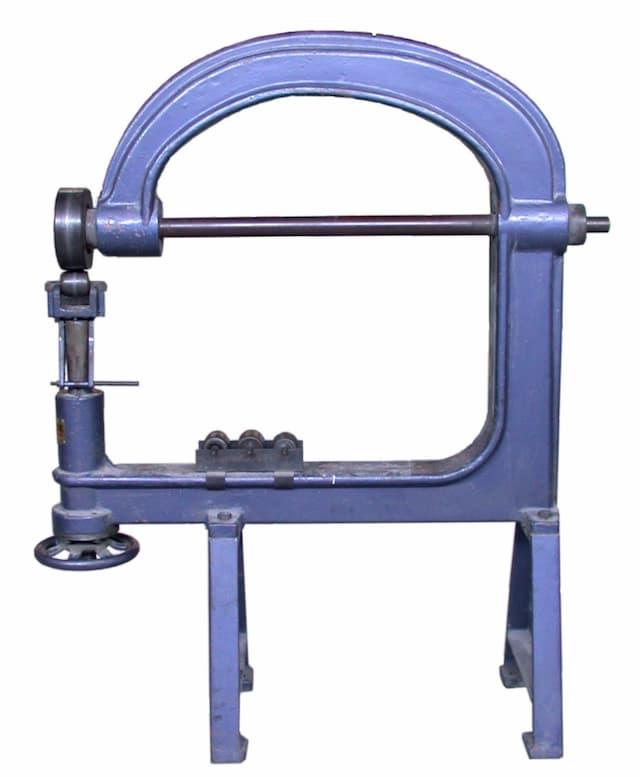 English Wheel for sheet metal